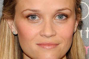 celeb-makeup-looks-blue-eyes-reese-witherspoon-09