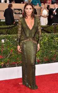 rs_634x1024-160130162900-634-eva-longoria-sag-awards-red-carpet-arrivals-013016