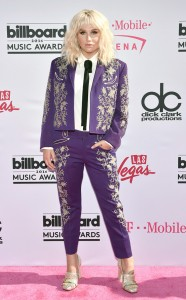 rs_634x1024-160522164719-634.Kesha-Billboard-Music-Awards.tt.052216