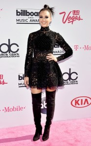 rs_634x1024-160522165352-634.Jessica-Alba-Billboard-Music-Awards.tt.052216