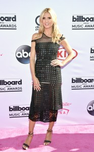 rs_634x1024-160522170134-634.Heidi-Klum-Billboard-Music-Awards.tt.052216