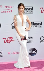 rs_634x1024-160522170412-634-kate-beckinsale-2016-billboard-music-awards